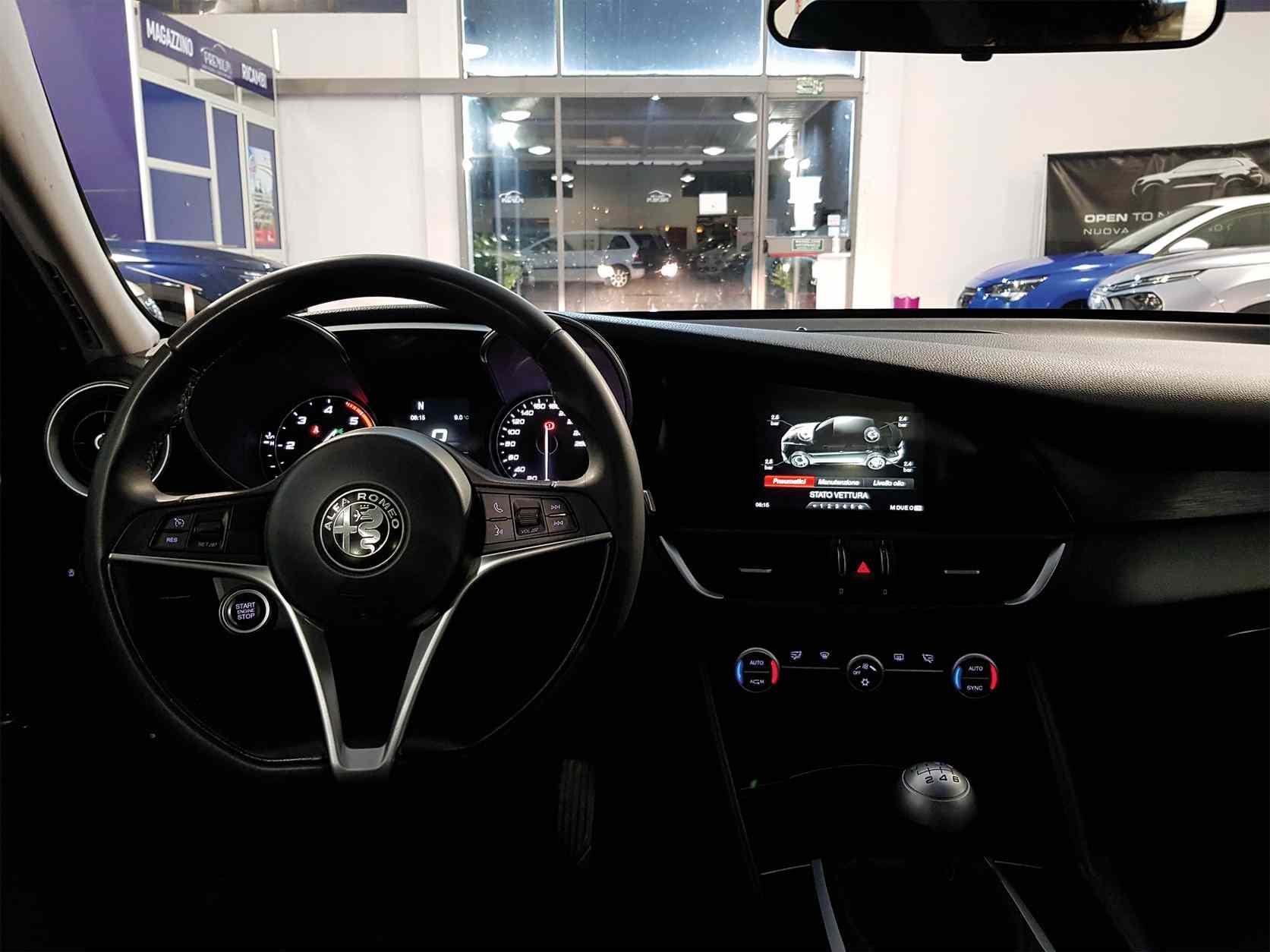 premium_auto_alfa_rome_giulia_enna_caltanissetta_sicilia_3