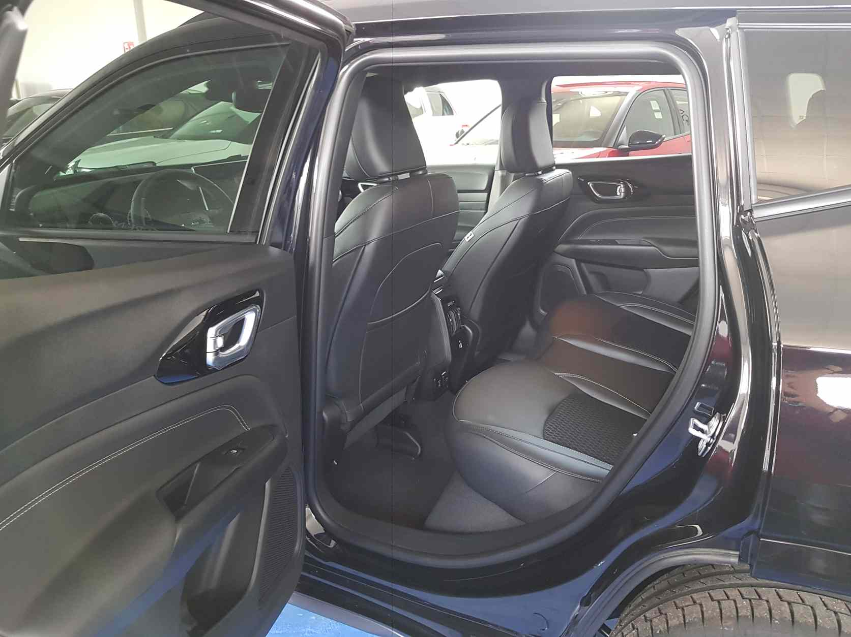 Jeep Compass_premium_auto_enna_vendita_automobili_2