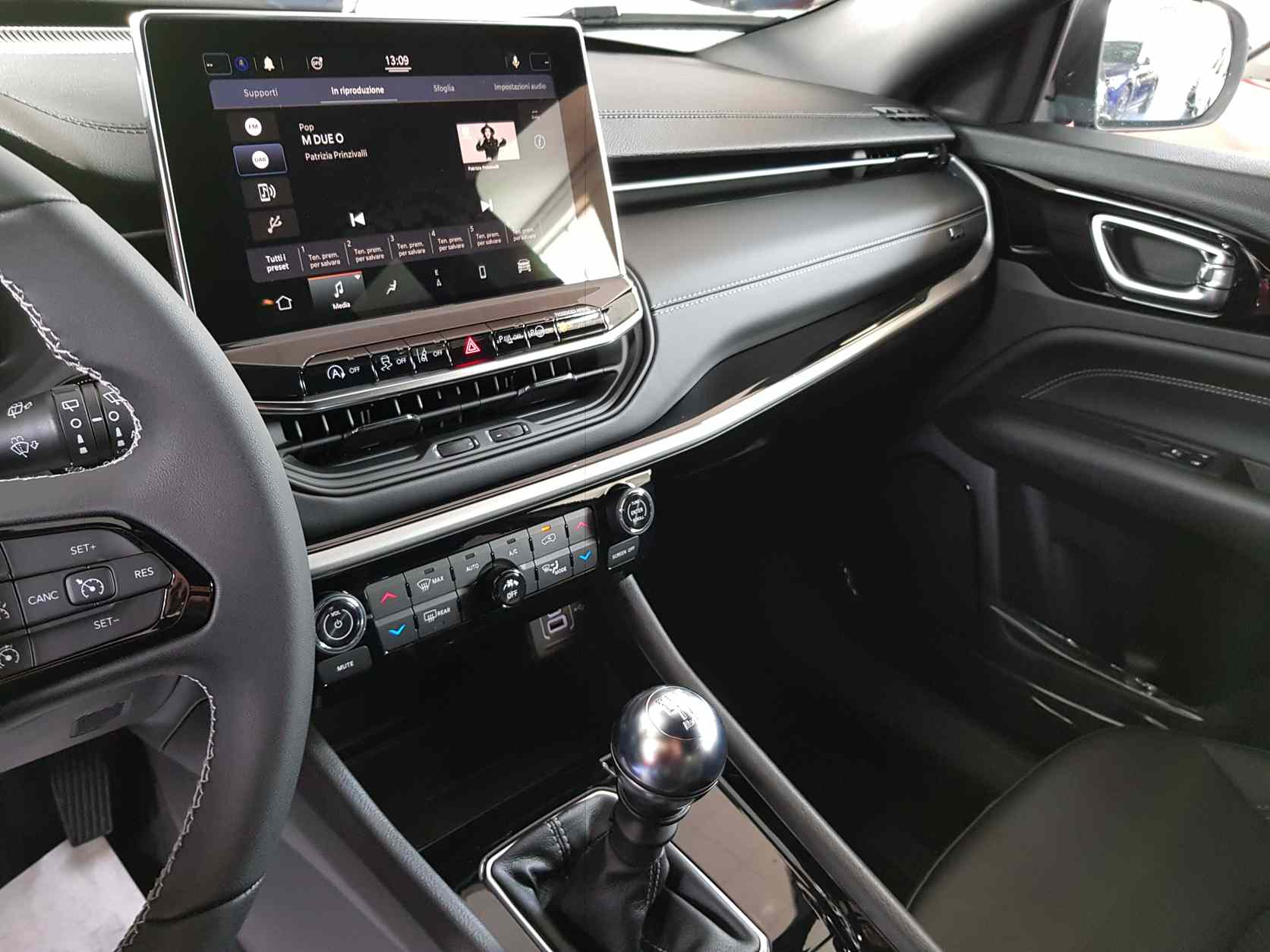 Jeep Compass_premium_auto_enna_vendita_automobili_3