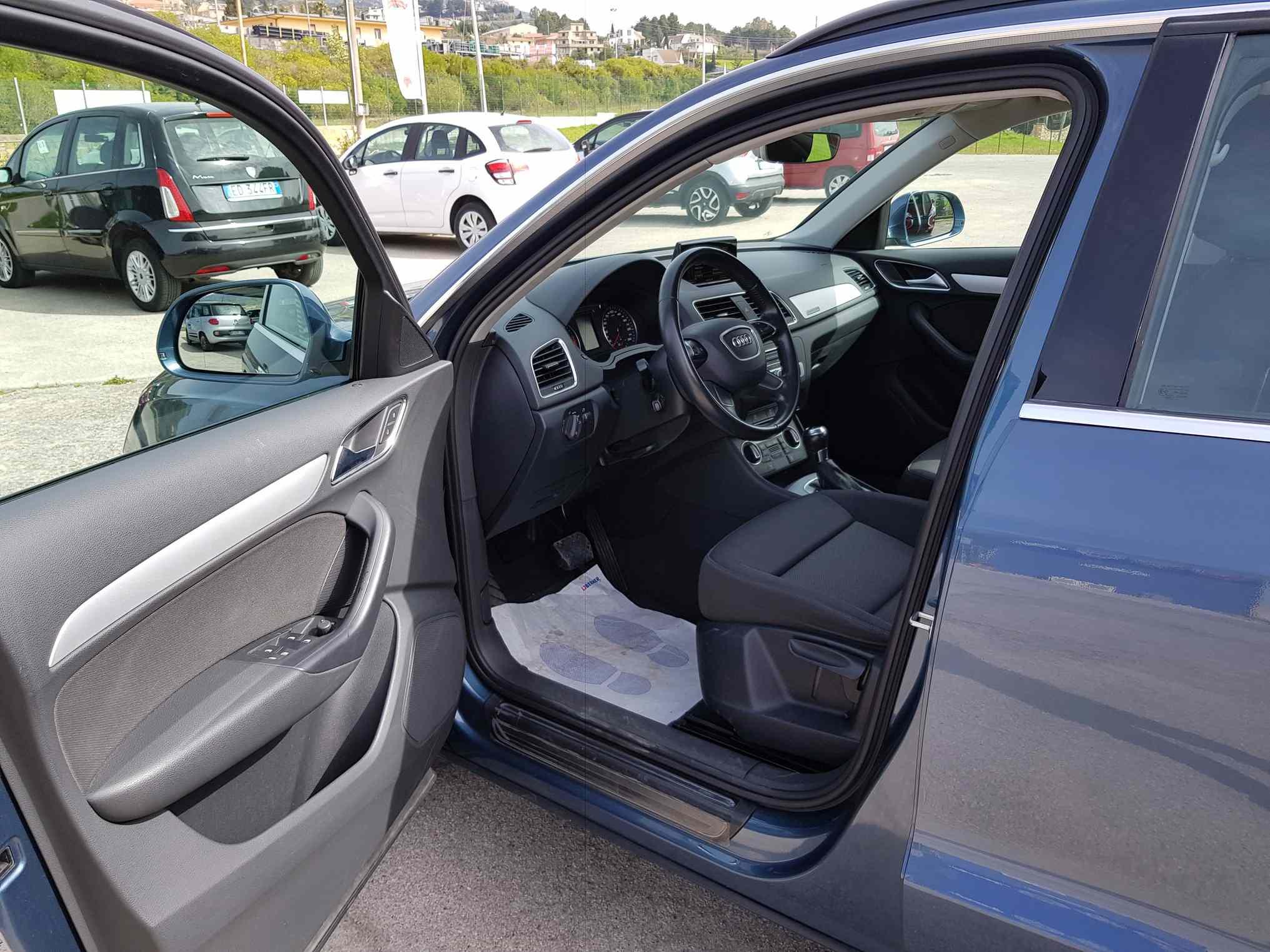 audi_q3_premium_auto_enna_vendita_automobili_2