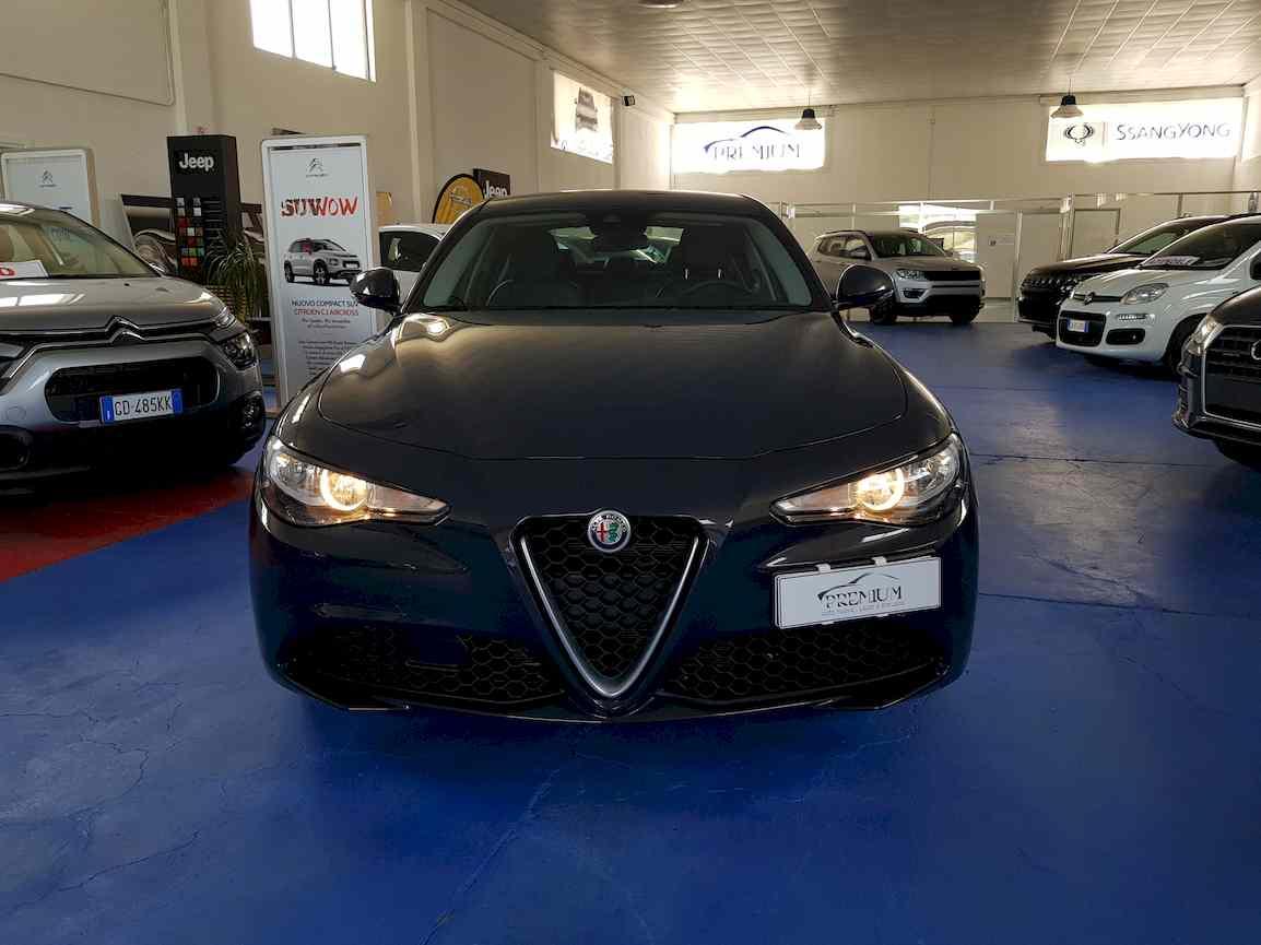 alfa_romeo_giulia_premium_auto_vendita_veicoli_nuovi_usati_enna_11