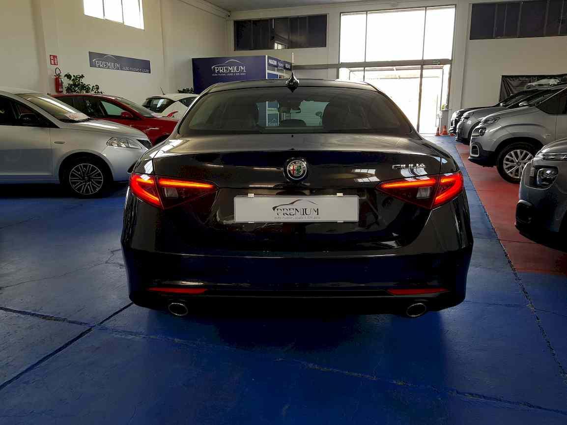 alfa_romeo_giulia_premium_auto_vendita_veicoli_nuovi_usati_enna_8