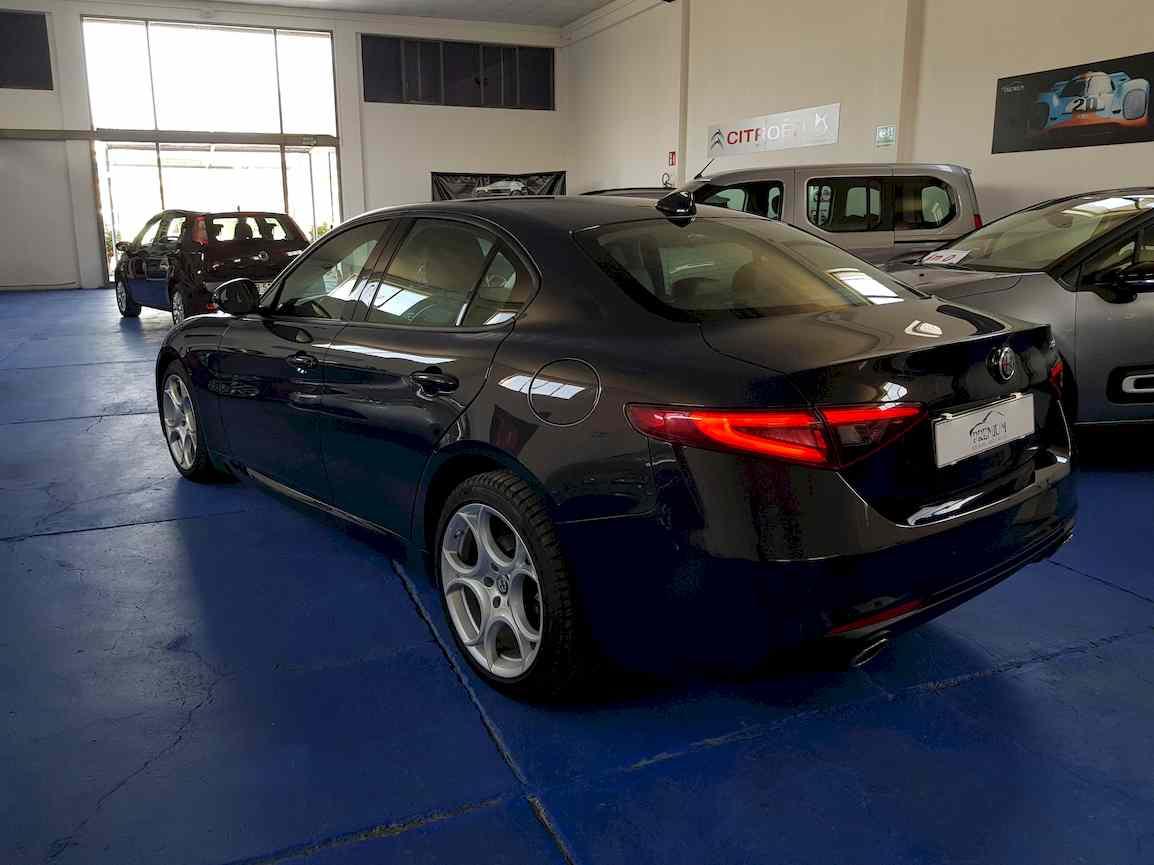 alfa_romeo_giulia_premium_auto_vendita_veicoli_nuovi_usati_enna_9