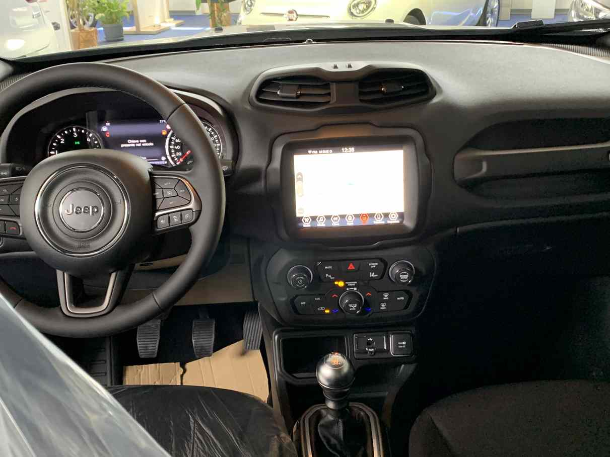 jeep_renegade_premium_auto_enna_vendita_auto_4