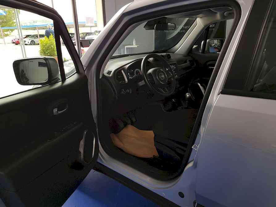 jeep_renegade_premium_auto_vendita_veicoli_nuovi_usati_enna_4