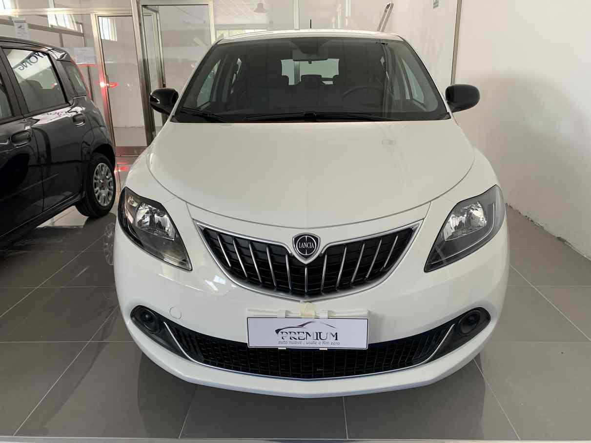 lancia_ypsilon_premium_auto_enna_vendita_auto_7