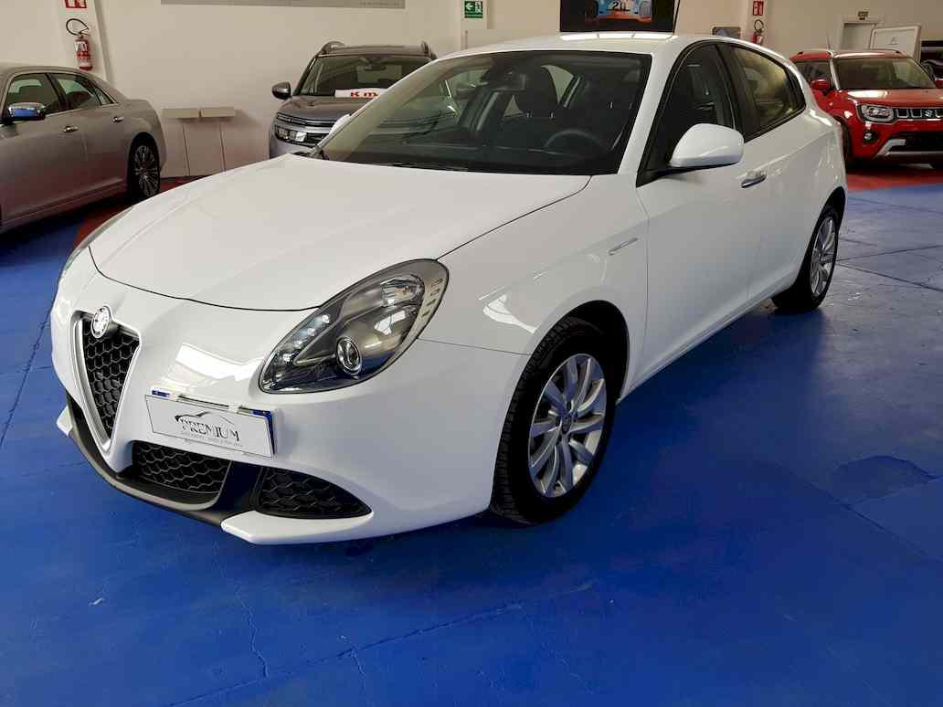 Alfa_romeo_giulietta_auto_vendita_veicoli_nuovi_usati_enna_112