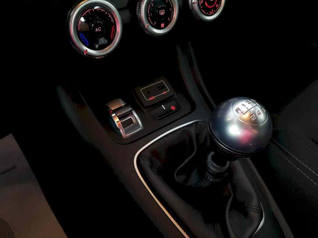 Alfa_romeo_giulietta_auto_vendita_veicoli_nuovi_usati_enna_12