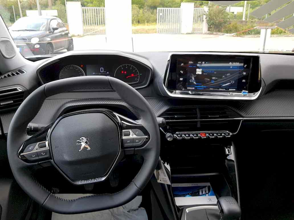 Peugeot_2008_auto_vendita_veicoli_nuovi_usati_enna_11