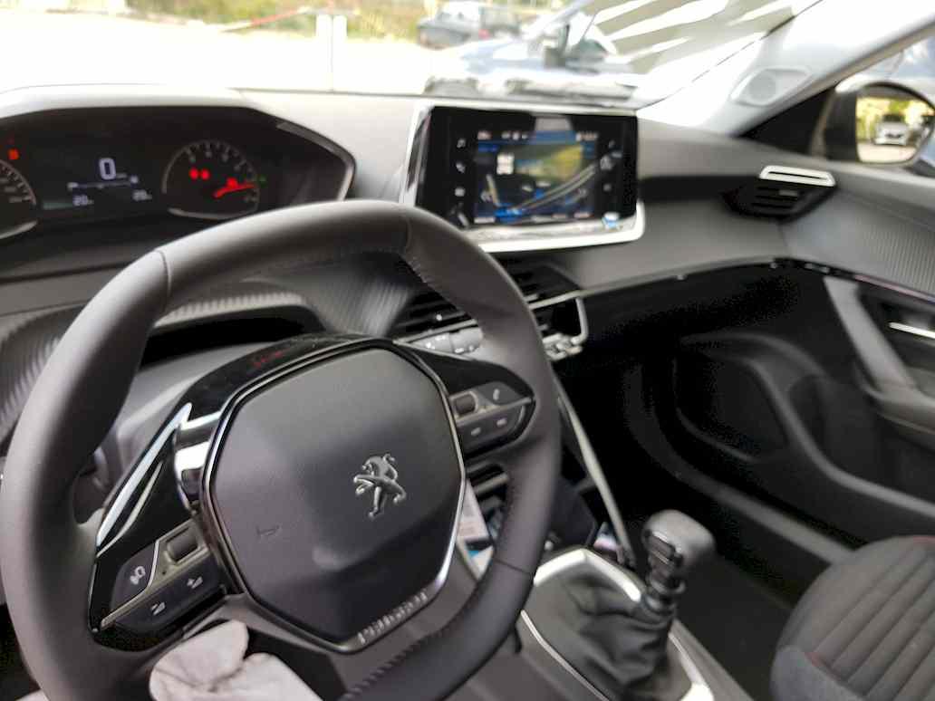 Peugeot_2008_auto_vendita_veicoli_nuovi_usati_enna_13