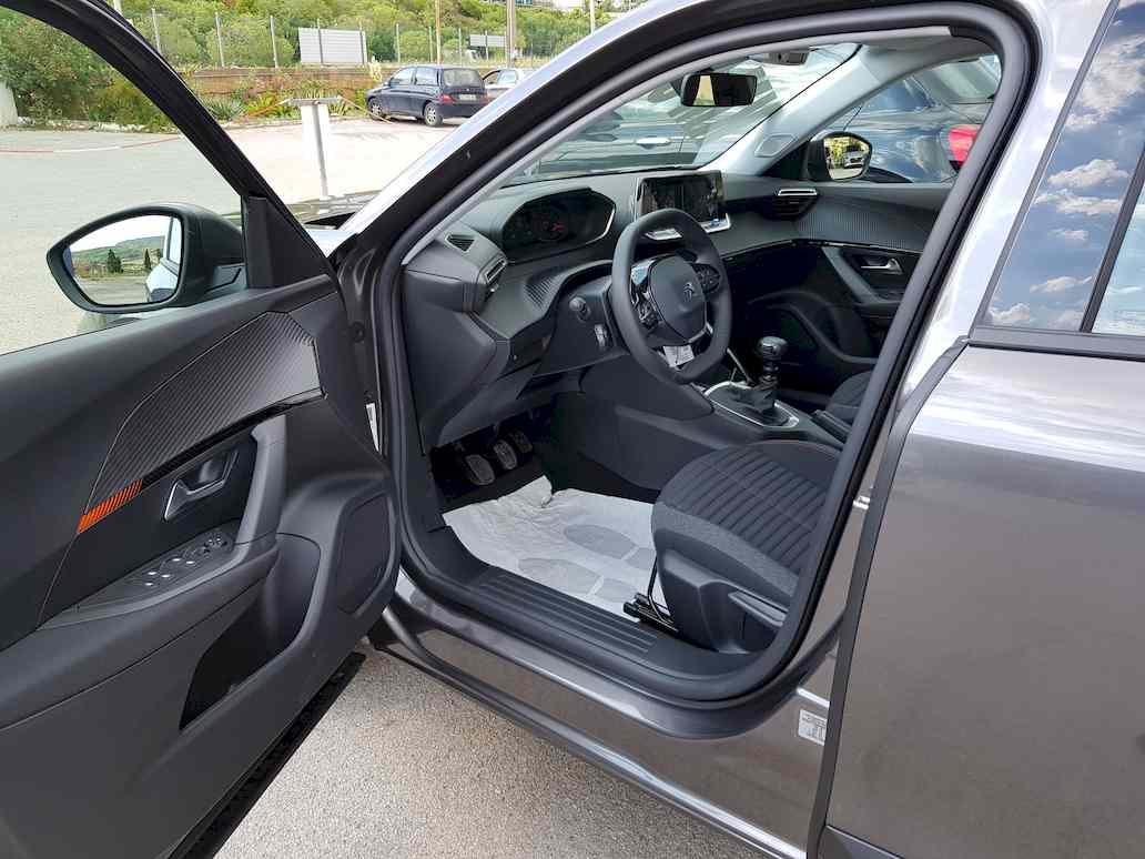 Peugeot_2008_auto_vendita_veicoli_nuovi_usati_enna_15